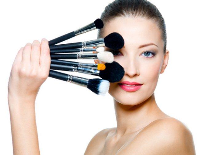 Makeup-Brush-Cleaner