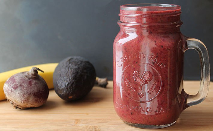 This Berry Beet Ginger Smoothie Is Heaven
