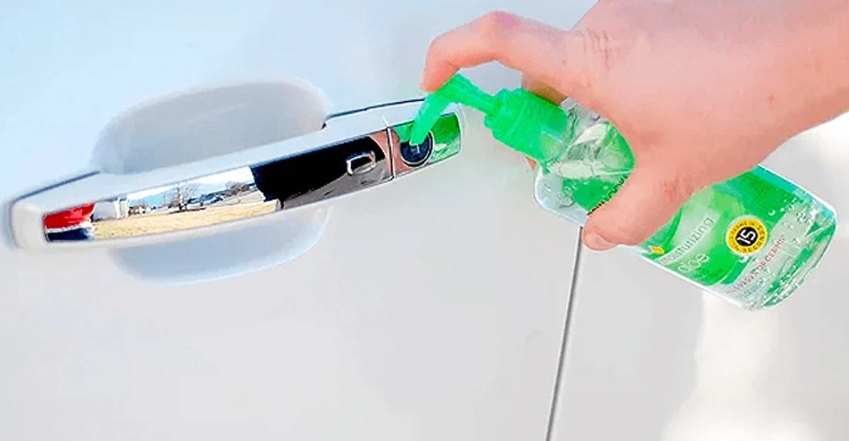 Use This To Remove The Ice In Your Car's Door