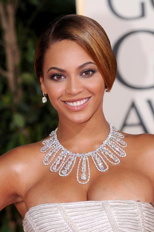Beyonce,,